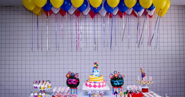 Folia da Lina – 5 anos – Decoração Carnaval
