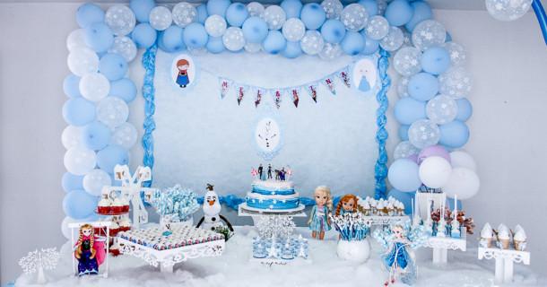 Inverno chegou! Mel e Nina – 4 anos – Decoração Frozen