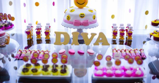 Joana 10 anos – Decoração Emojis